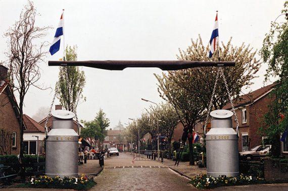 2000-08